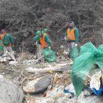 Tirar basura en la vía pública puede costar más de $60 mil